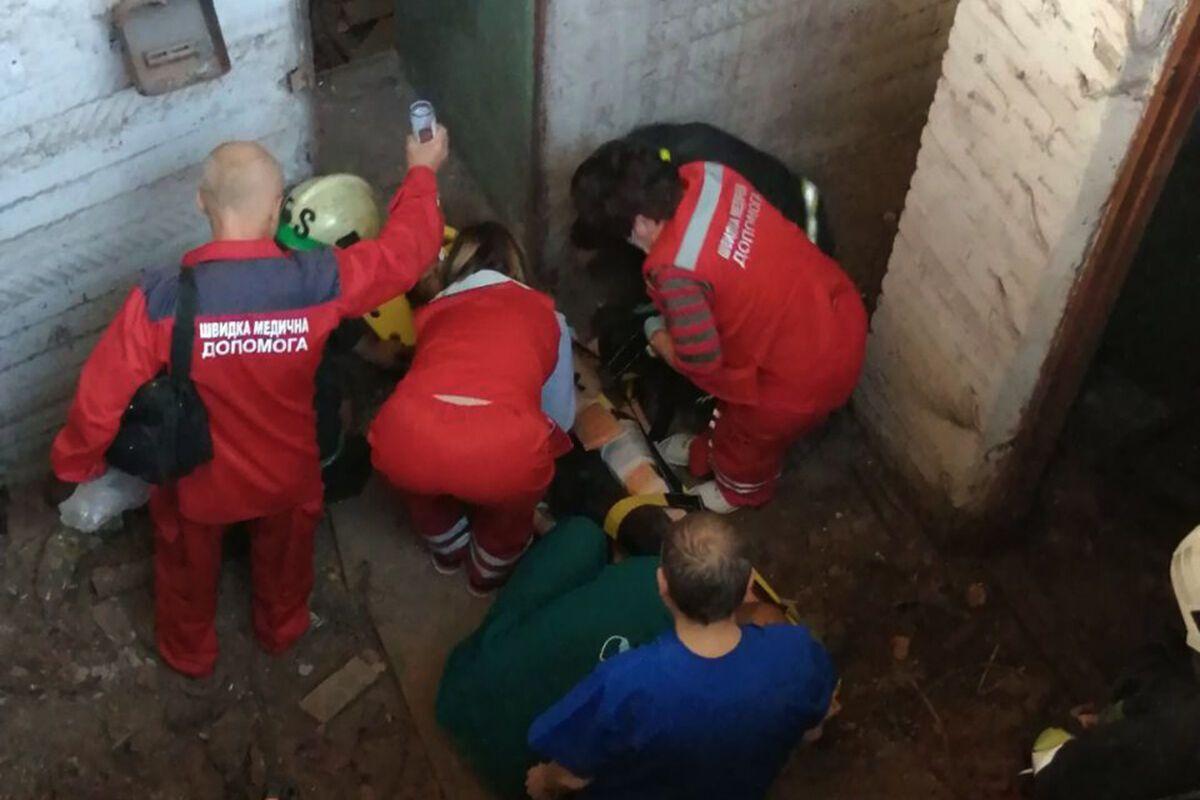 В Кривом Роге мальчик упал в подвал заброшенной шахты.