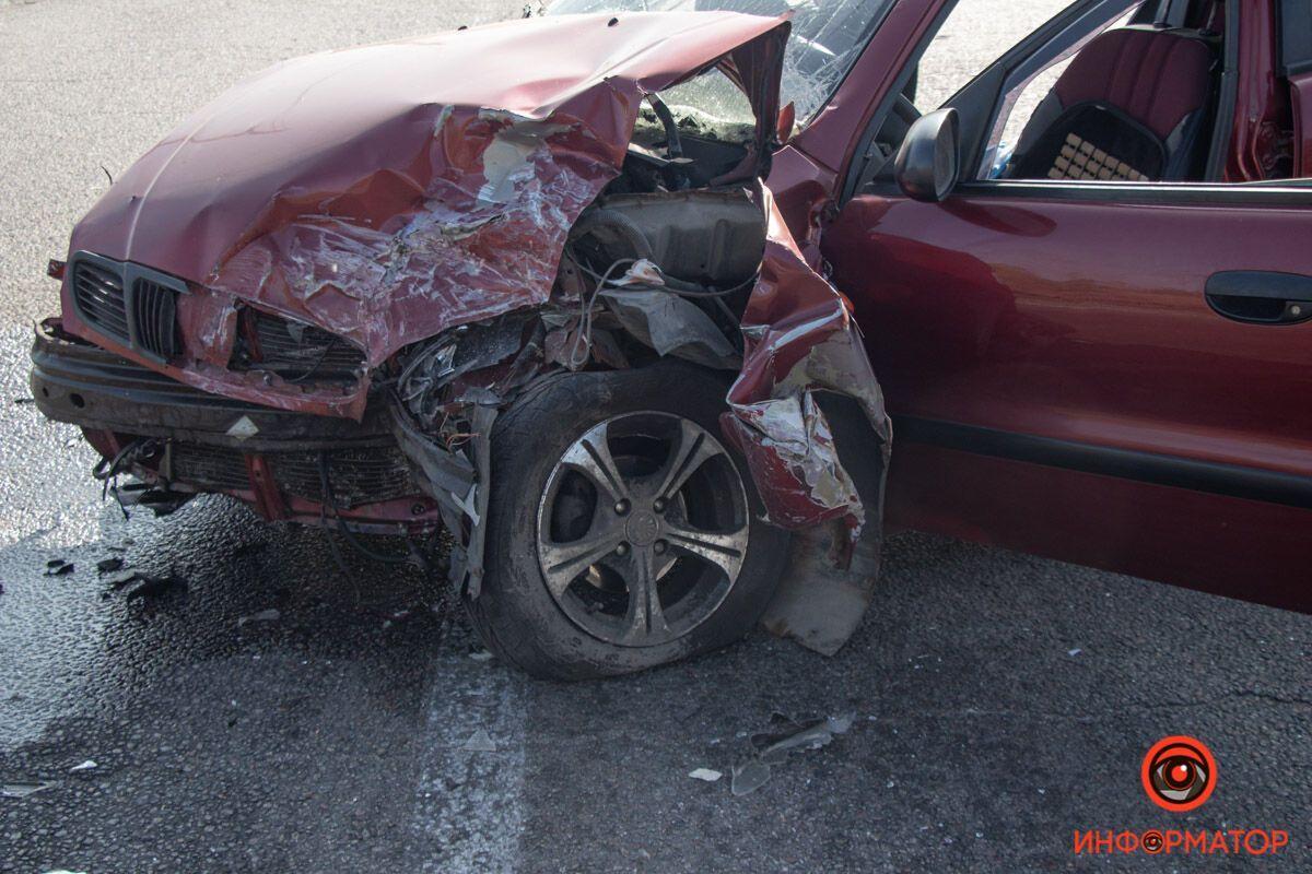 Водія і пасажира Daewoo госпіталізували.