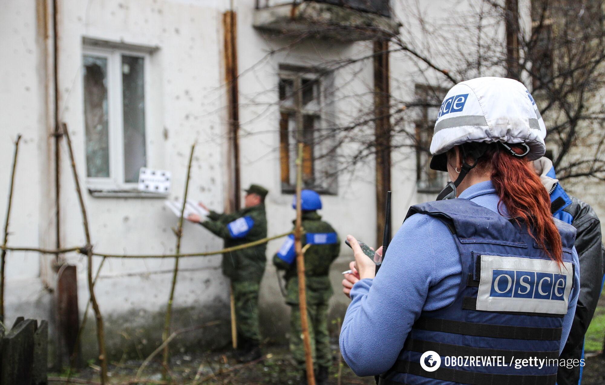 Робота співробітників місії ОБСЄ на Донбасі