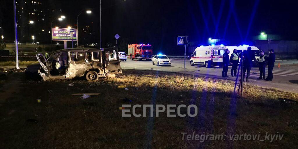 В аварії постраждали три людини.
