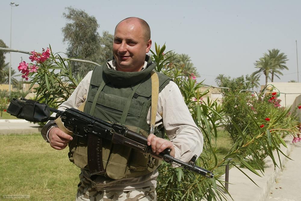 Владислав Волошин під час однієї з місій за кордоном.