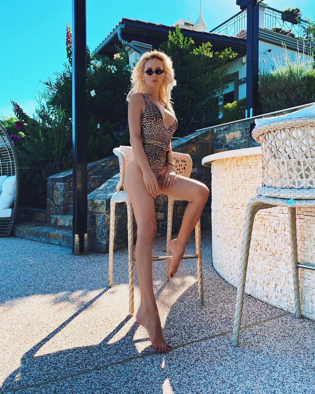 Светлана Лобода в откровенном купальнике (Instagram Светланы Лободы)