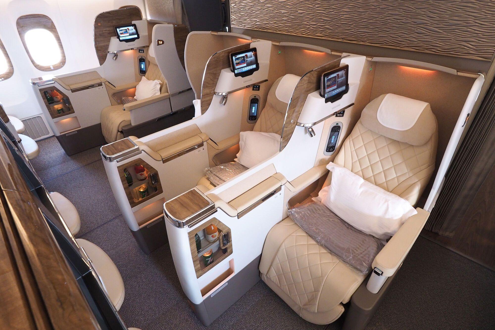 Бизнес-класс на борту самолета. travelupdate.com
