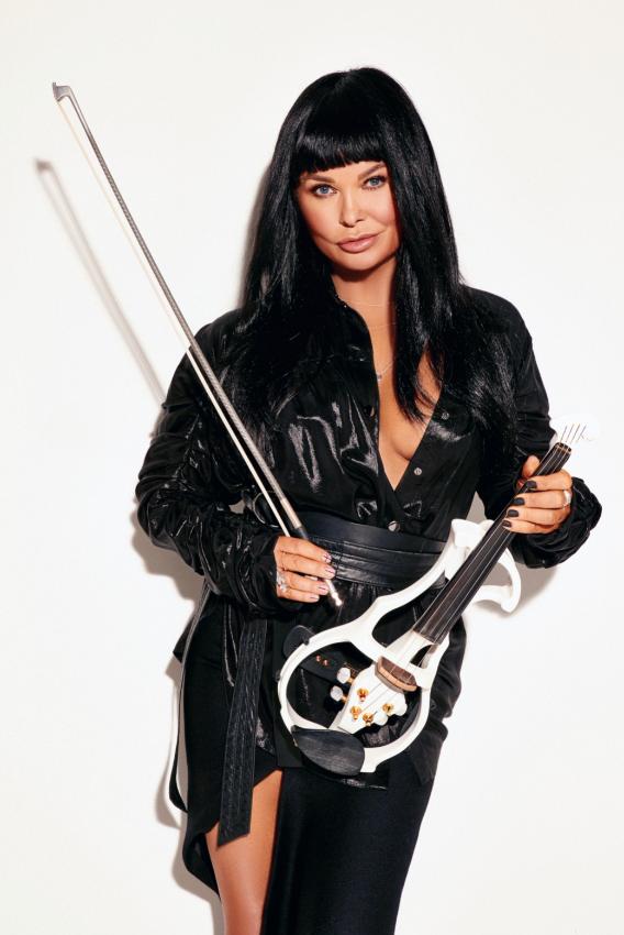 Ассия Ахат перепела хит Ирины Билык спустя 25 лет.