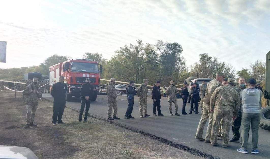 До Чугуєва прибули понад 60 рятувальників.