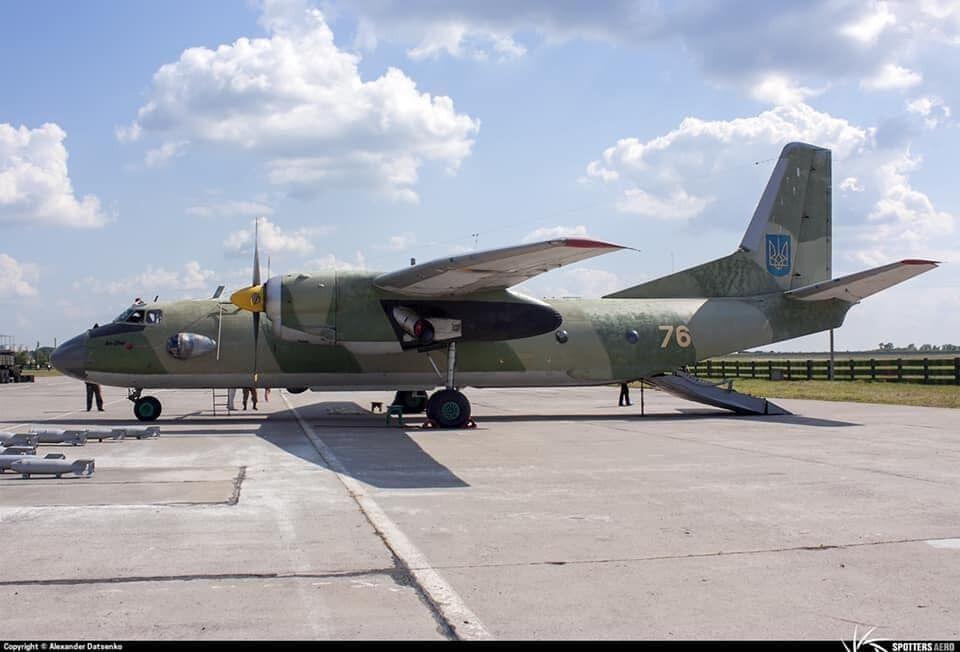 Самолет Ан-26 (бортовой номер 76), который разбился под Чугуевом.