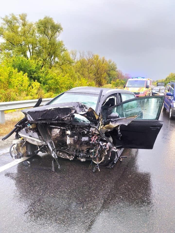 Водій та пасажир ВАЗу загинули на місці