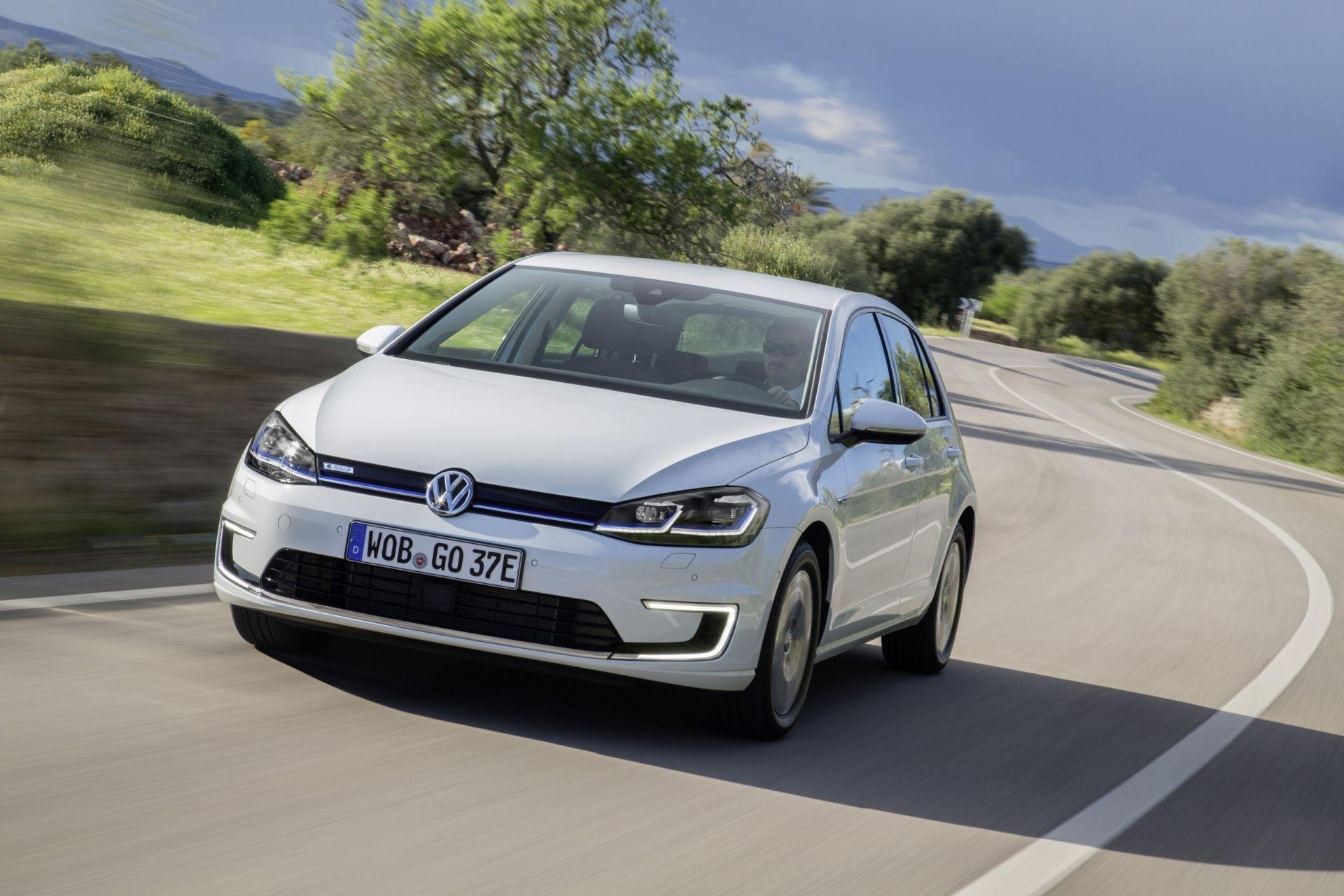 VW e-Golf.