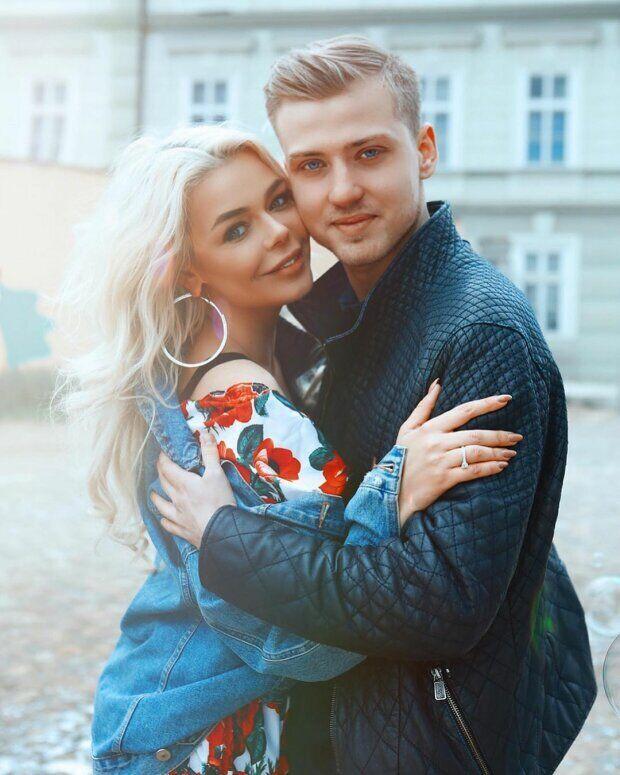 Алина Гросу и Александр Комков (Instagram Алины Гросу)