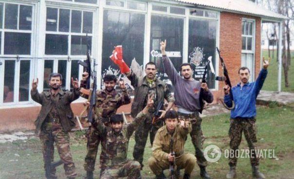 У війні (1992-1994 роки) брали участь численні іноземні найманці.