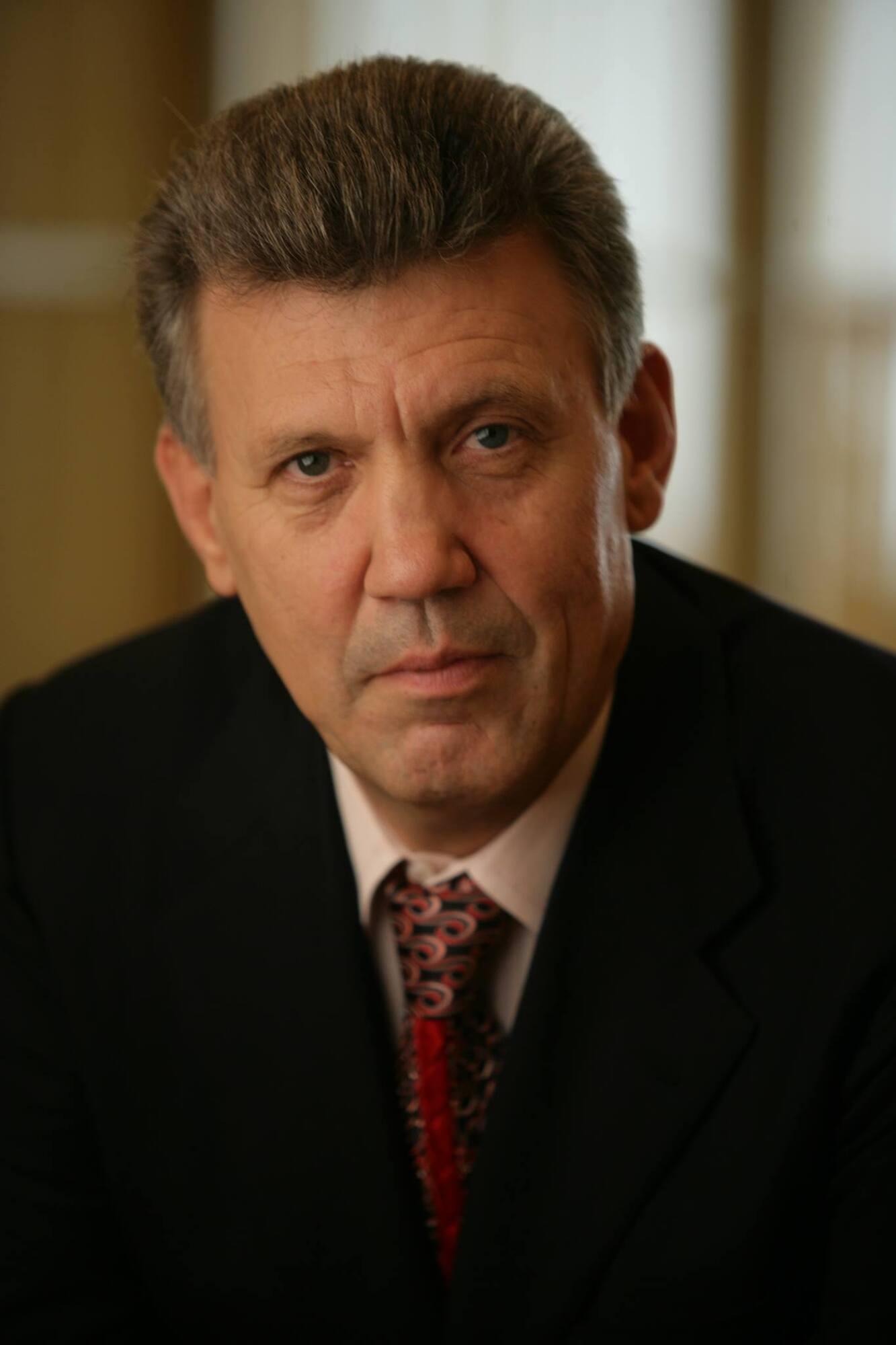 """Сергій Ківалов очолює """"Українську морську партію"""""""