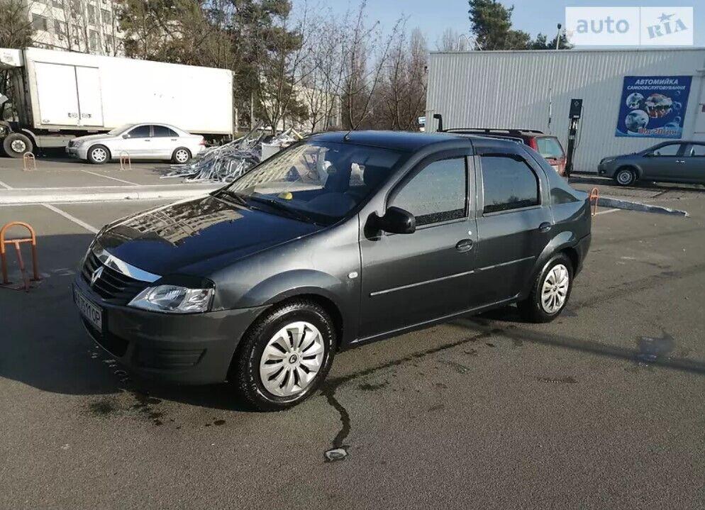Renault Logan $3500.