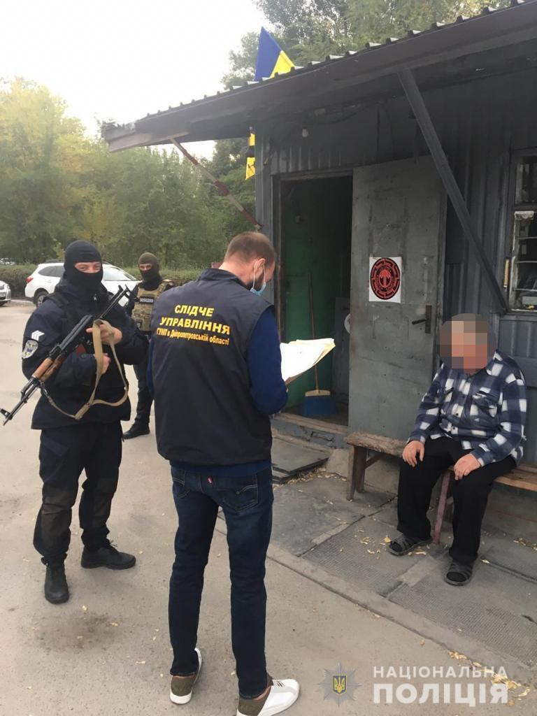 Затриманому повідомили про підозру.