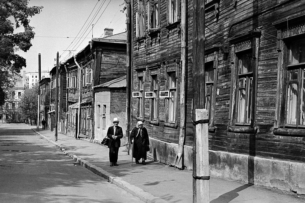 Казань: будинки в старих районах міст СРСР розвалювалися, водночас ніхто нічого не ремонтував і не відновлював.