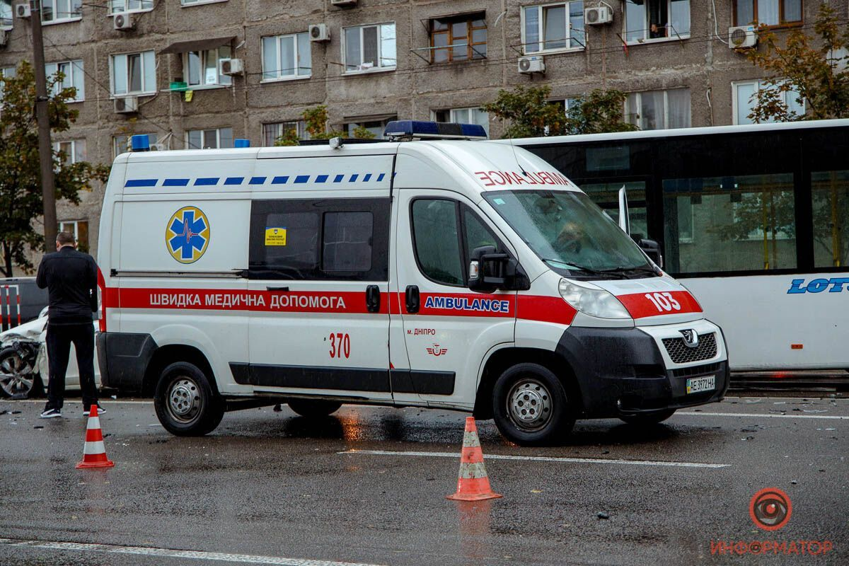 Авария случилась на Слобожанском проспекте .