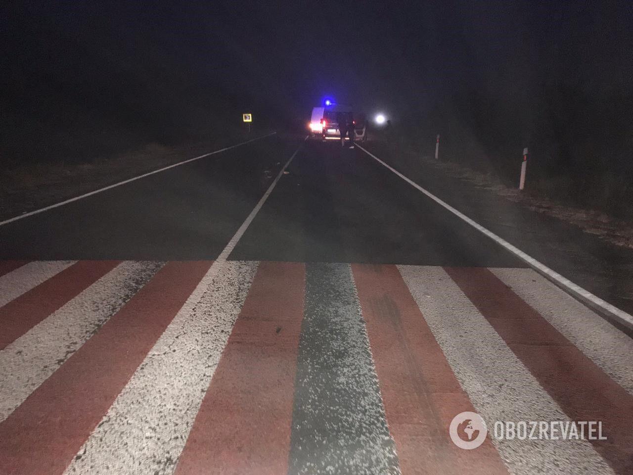 Загибла жінка переходила дорогу на пішохідному переході