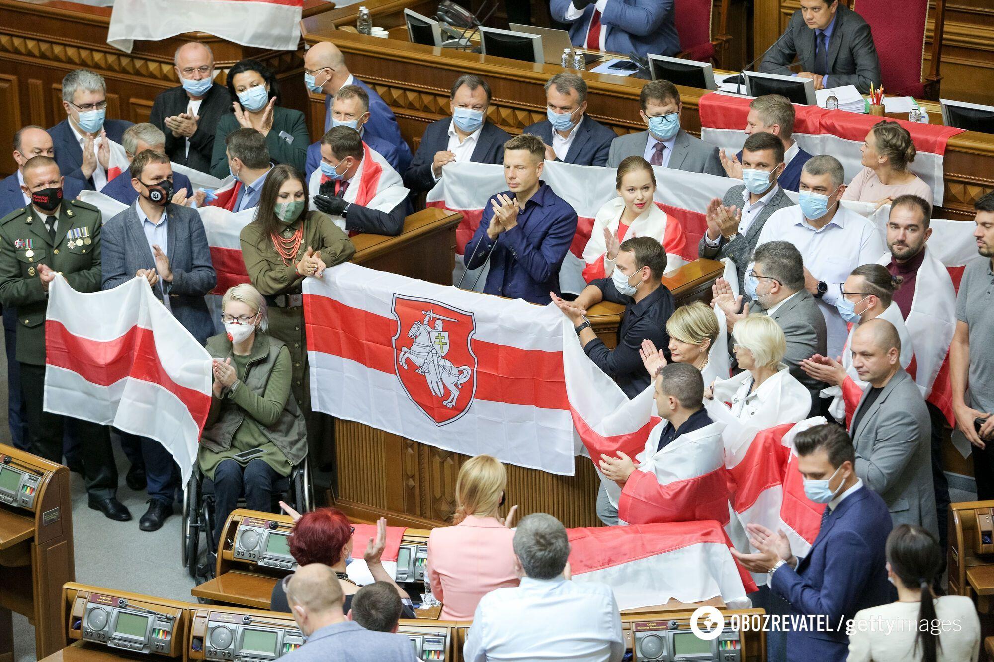 Депутаты ВР поддержали протестующих в Беларуси