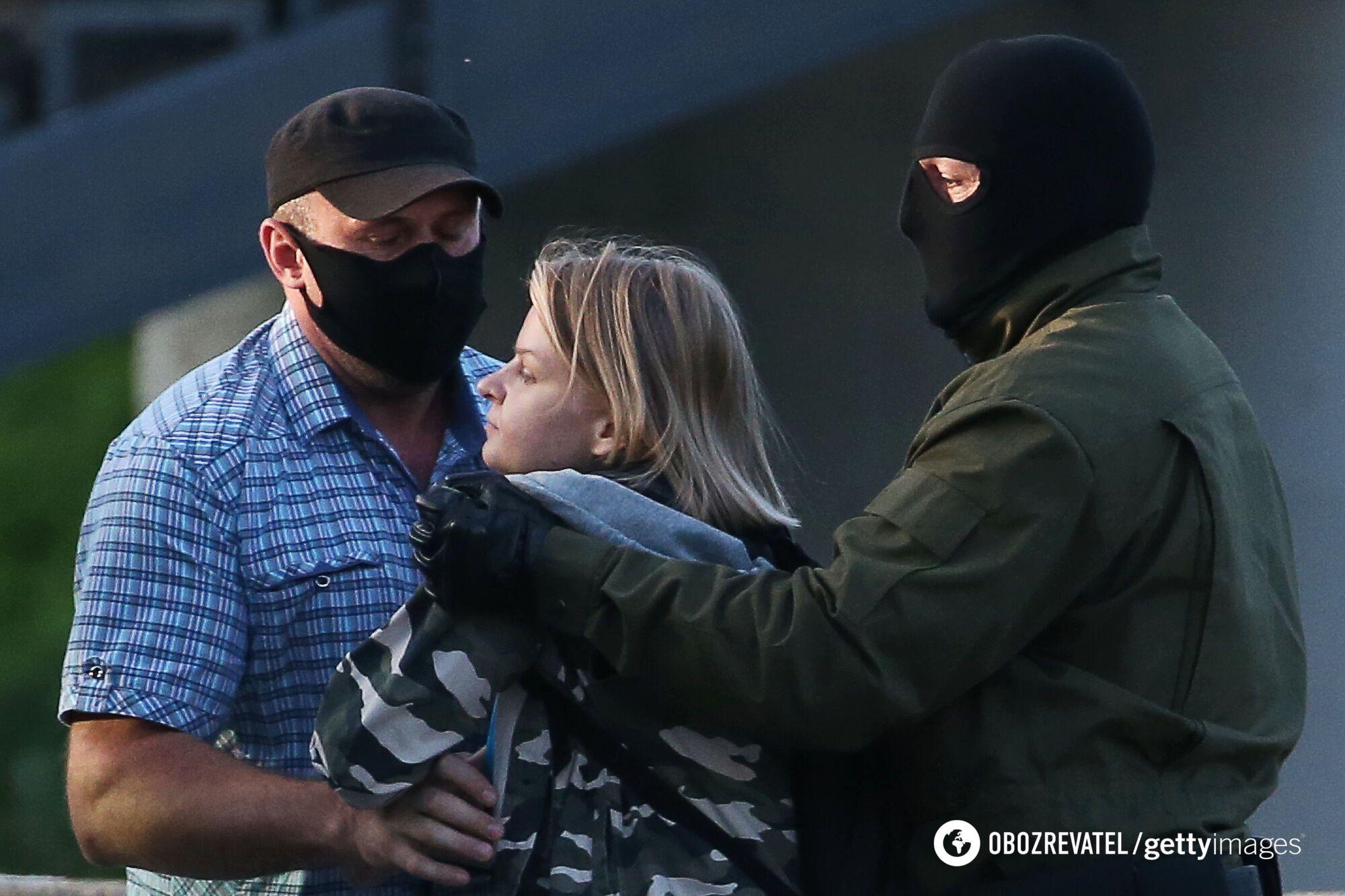 Задержание митингующих во время протестов в Беларуси