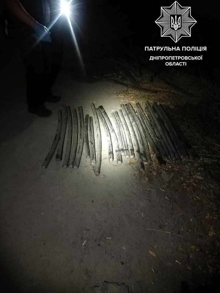 У Дніпрі злодій кабелю зламав поліцейському ключицю.