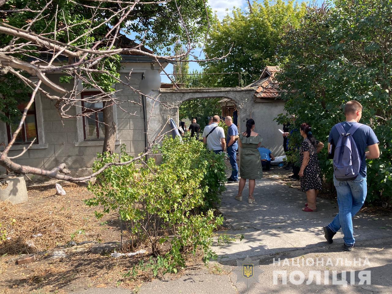 В Николаеве, на территории микрорайона Варваровка, обнаружили тела двух мужчин.