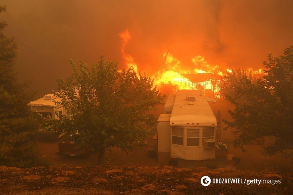 Лесные пожары начались из округа Сан-Диего 4 сентября