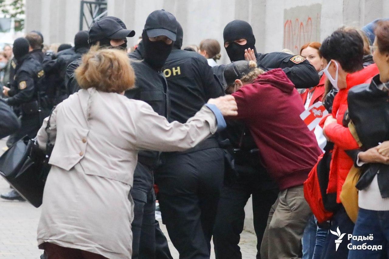 """Фото задержаний, опубликованные белорусским отделением """"Радио Свобода"""""""