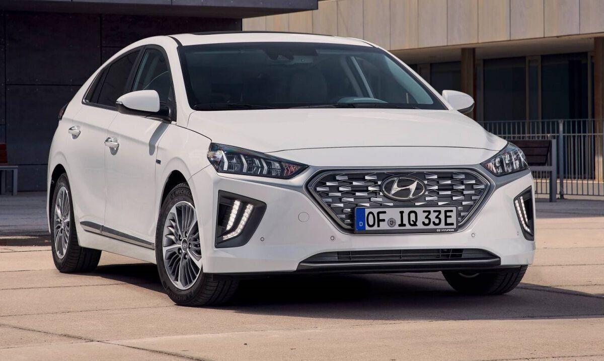 Hyundai Ioniq вошел в десятку наиболее популярных электрокаров в Украине.