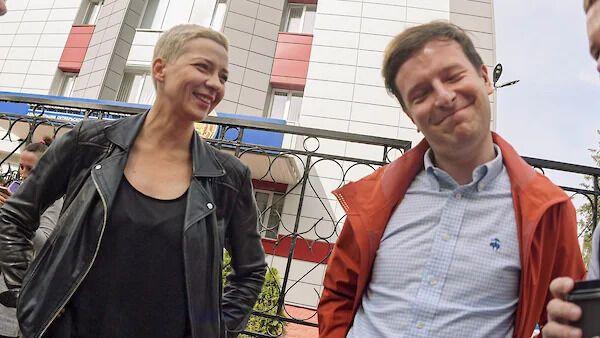 Мария Колесникова и Антон Родненков.