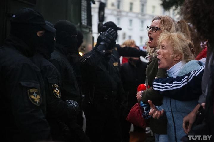 Задержание женщины.