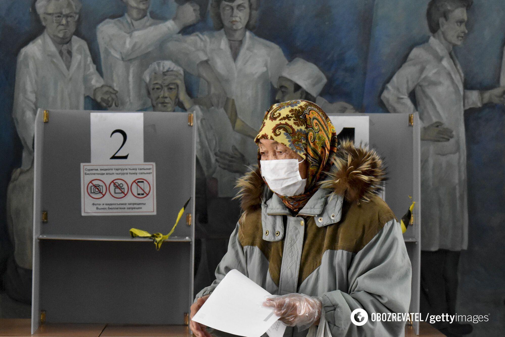 У Киргизстані проходять одночасно вибори президента і референдум