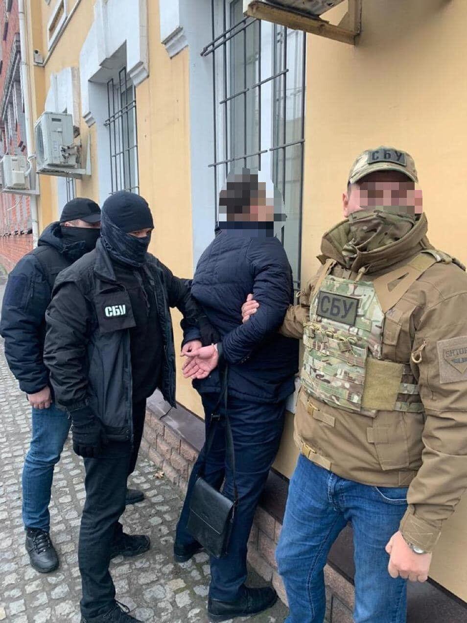 На хабарі викрили військового прокурора Запорізького гарнізону