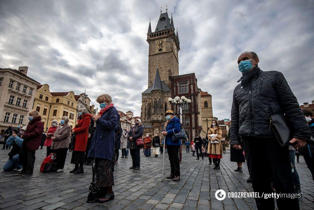 У Чехії дозволили молитися на свіжому повітрі