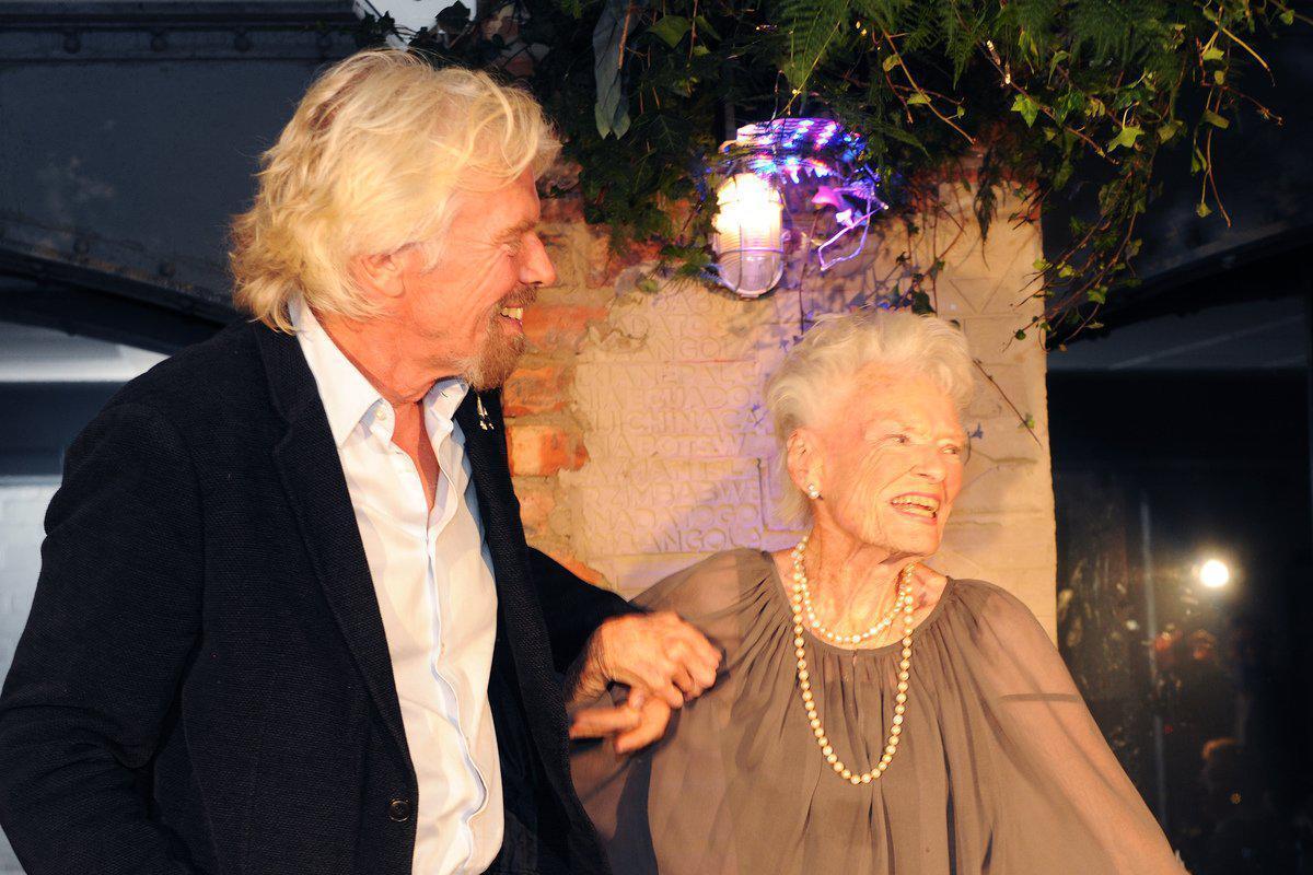 Скончалась мама миллиардера Ричарда Брэнсона