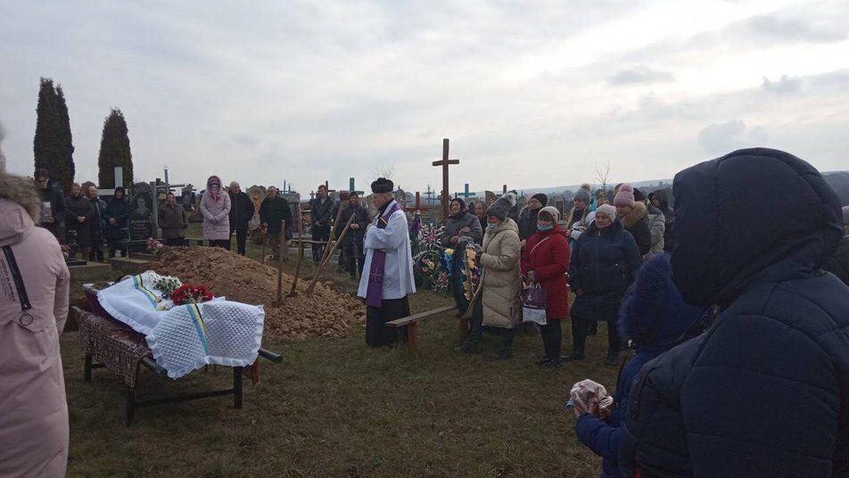 Військову поховали на Вінничині