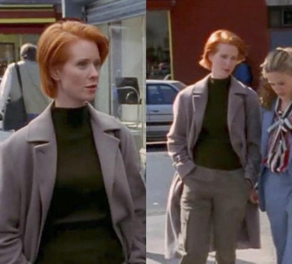 Міранда в пальто оверсайз і штанях прямого крою