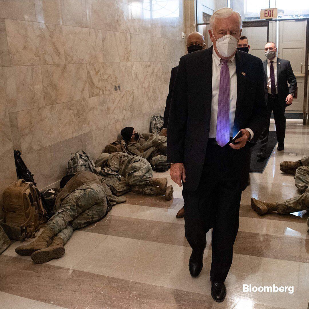 Конгрессмены шли на заседание