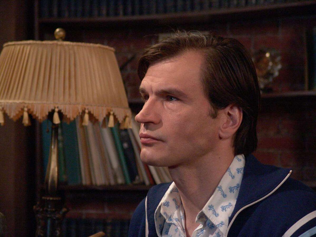 57-річний актор Денис Карасьов