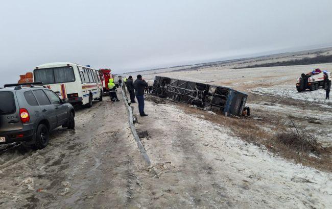 Перевернувся автобус з українцями