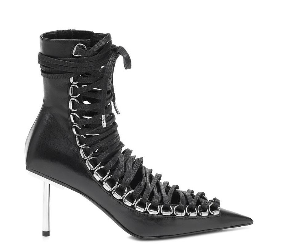 Новые сапоги модного дома Balenciaga