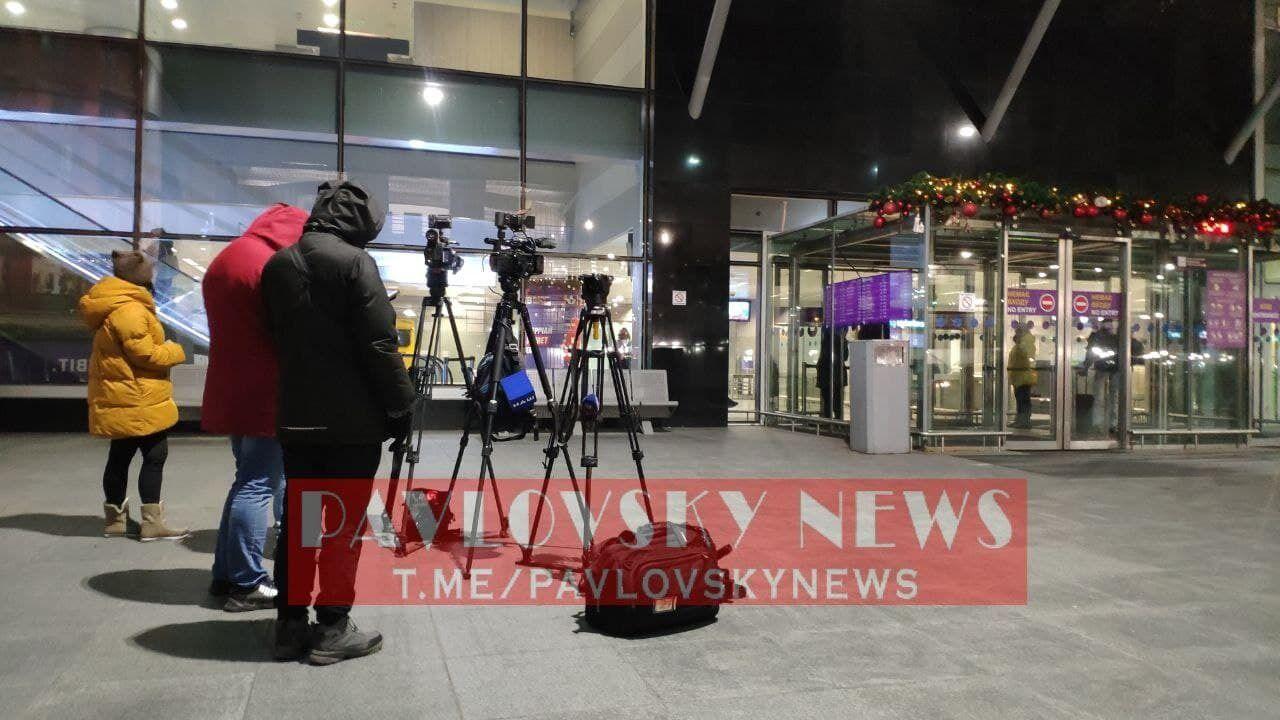Журналисты ждали Тупицкого на выходе.