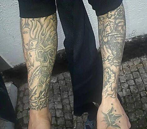 Татуировки на руках разыскиваемого Руслана Шевченко