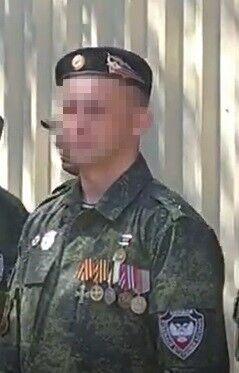 """Второй боевик является членом НВФ """"Кольчуга""""."""
