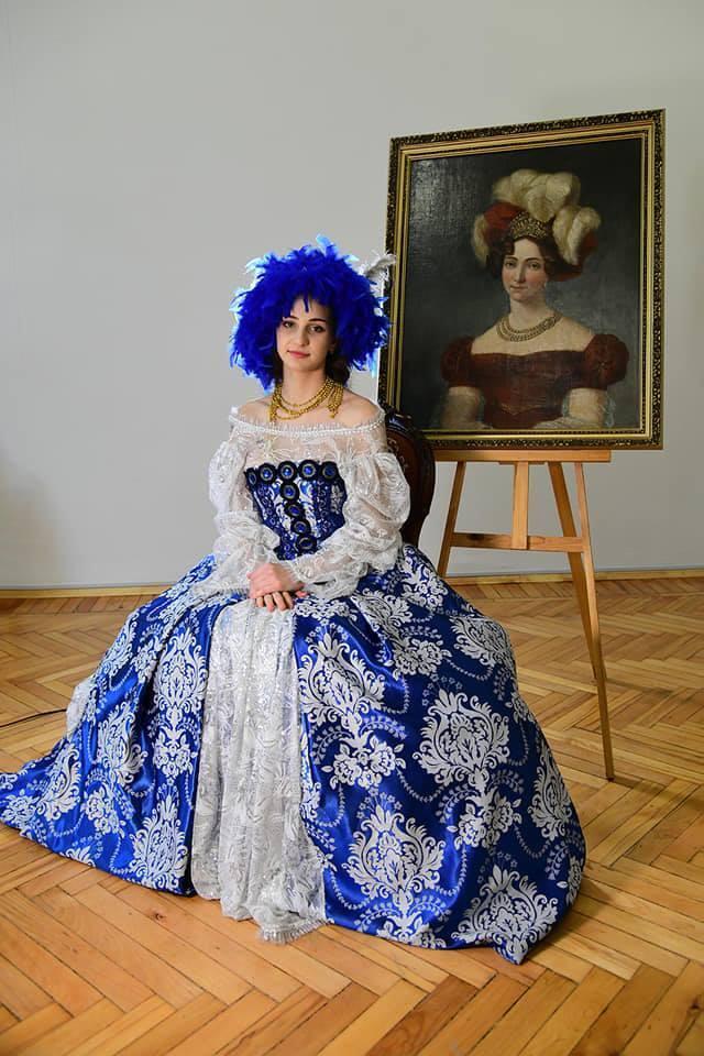 В Чернигове воссоздали образы женщин с портретов прошлых веков