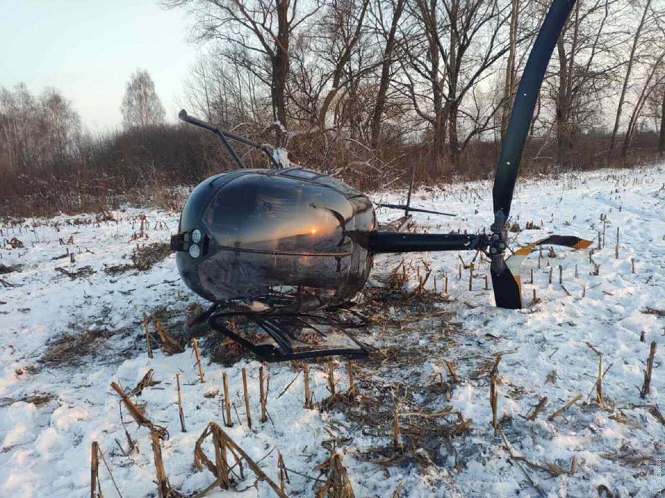 За попередньою інформацією, вертоліт упав під час приземлення.