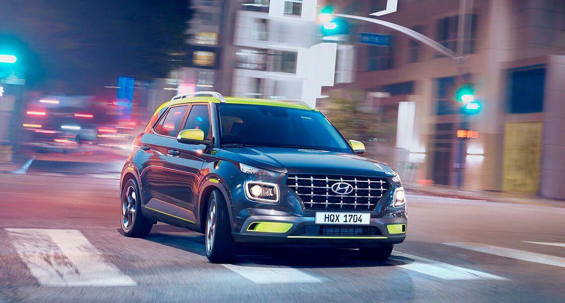 Автомобиль привлекает внимание выразительным дизайном экстерьера