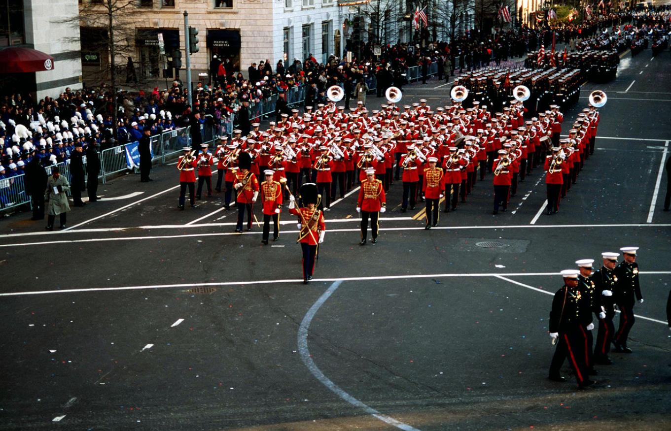 Оркестр морской пехоты США во время инаугурации Билла Клинтона, 1997 год