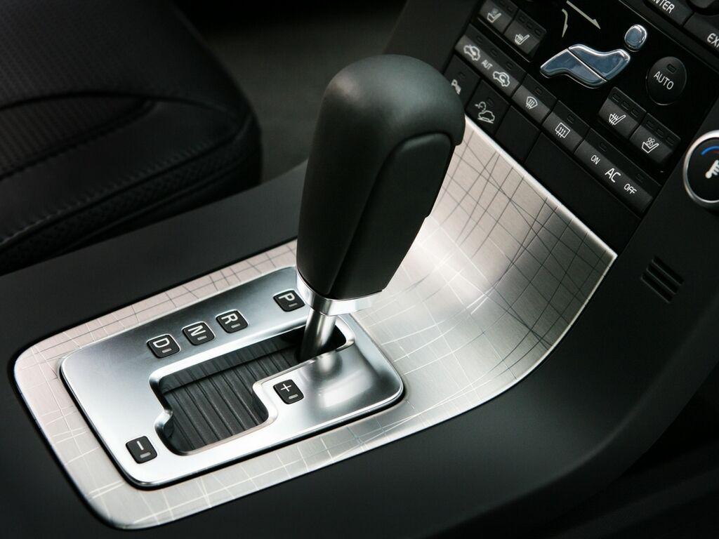 Найбільше у прогріванні в зимовий час має потребу автоматична коробка передач із гідротрансформатором