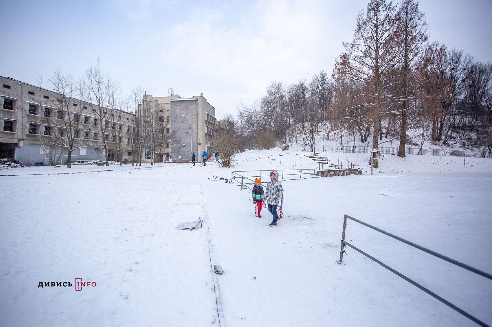 У Львові більшість традиційних локацій для пірнання в ополонку залишилися порожніми