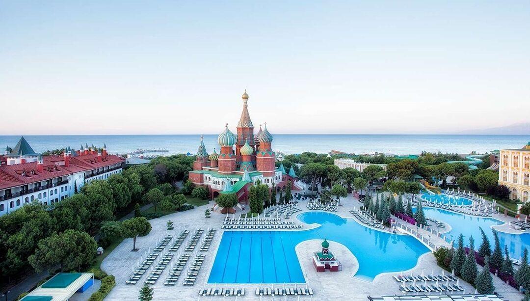 Готель Asteria Kremlin Palace вдень