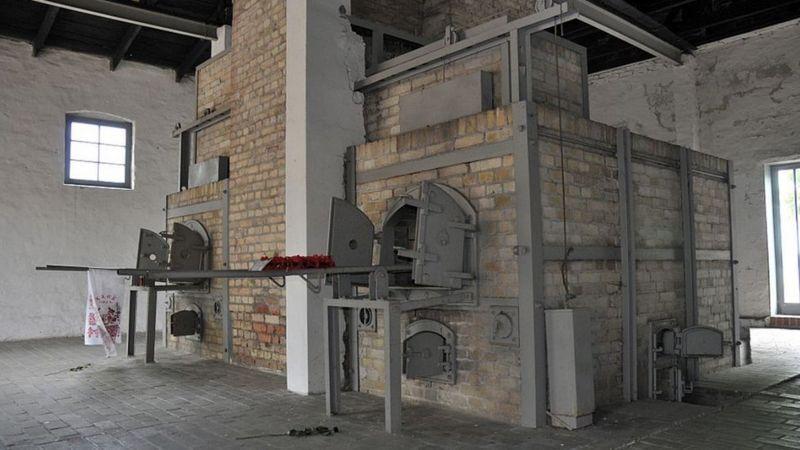 Крематорий концлагеря, где убийства продолжались до самого освобождения
